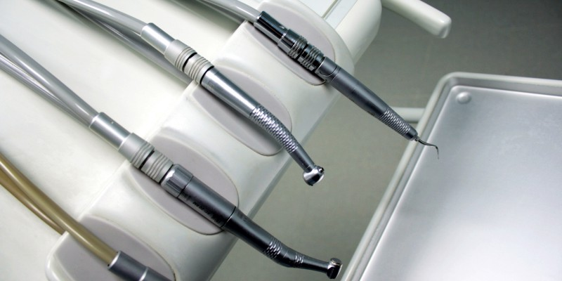 Dentists instruments i